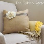 felt-flower-burlap-pillow
