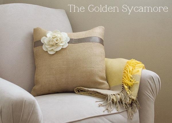 felt-flower-burlap-pillow