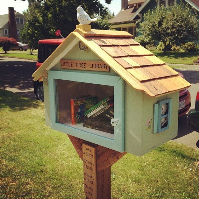 birdhouse library