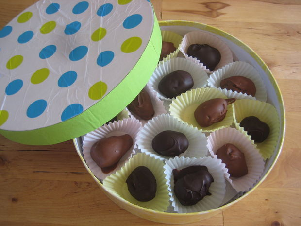 Easter chocolate eggs recipes