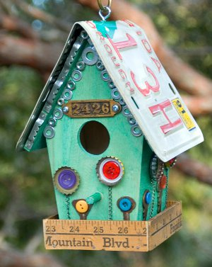 Birdhouse Design Ideas floral birdhouse home decor Spring Birdhouse