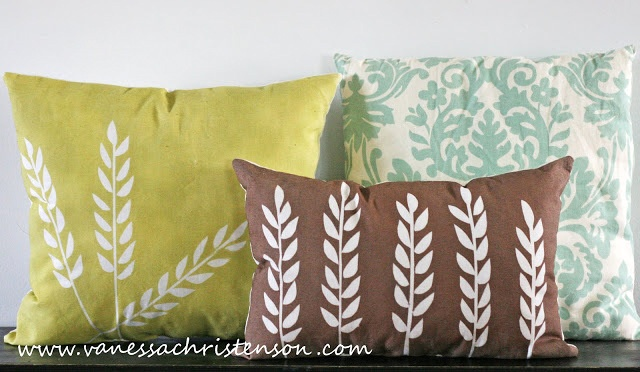painted pillow tutorials