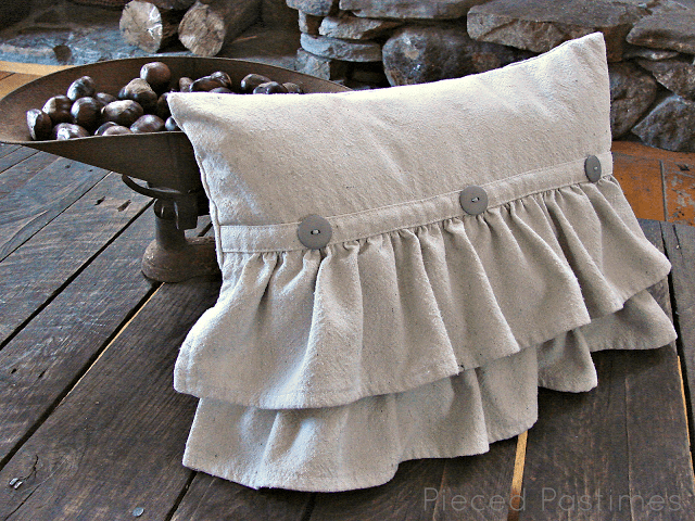 ruffled pillow tutorials