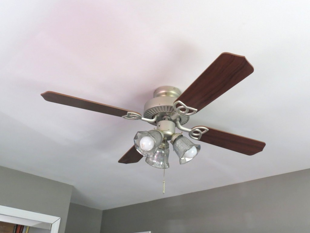 HOW TO PAINT CEILING FAN