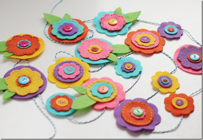 felt flowers garland tutorial