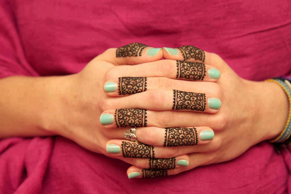 Mehndi Fingers Gif : The gallery for gt simple finger henna designs