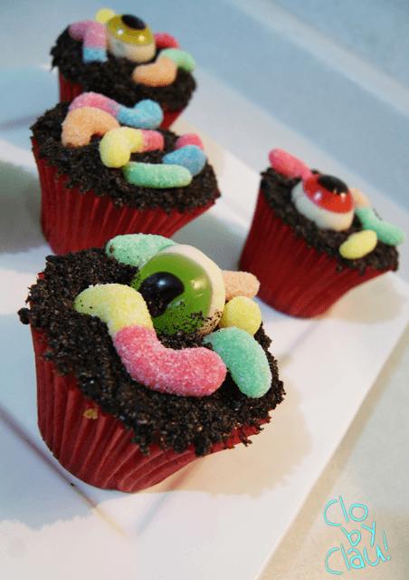 DIY scary cupcakes