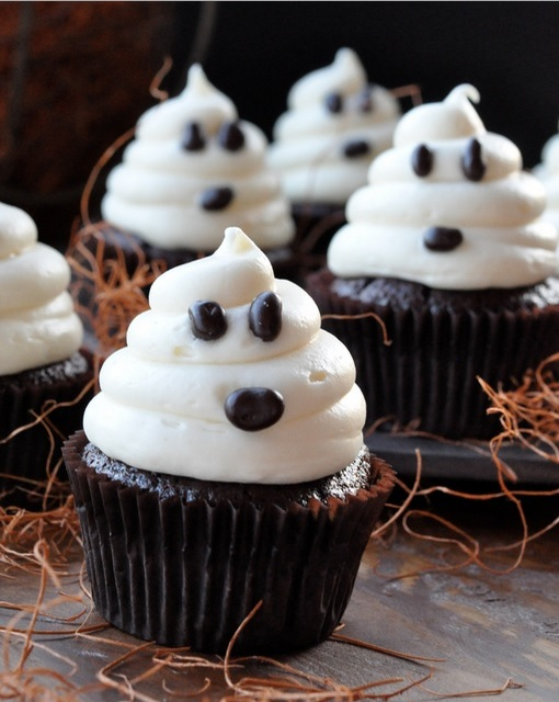 ghost spooky cupcakes