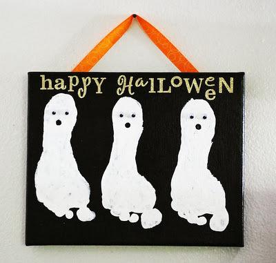 Halloween feet ghost