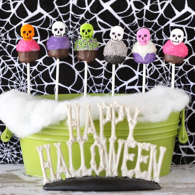 Decorating Cake Pops Halloween : Craftionary