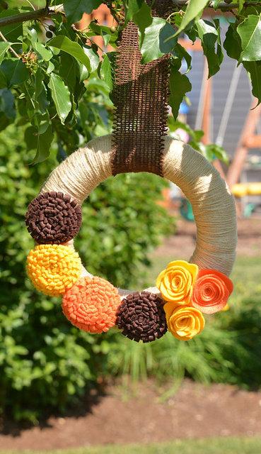 thanksgiving yarn wreath