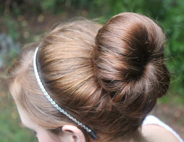 easy hair bun tutorial