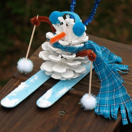 pinecone snowman craft