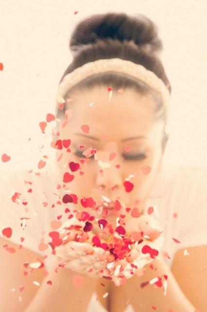 blowing confetti photo idea