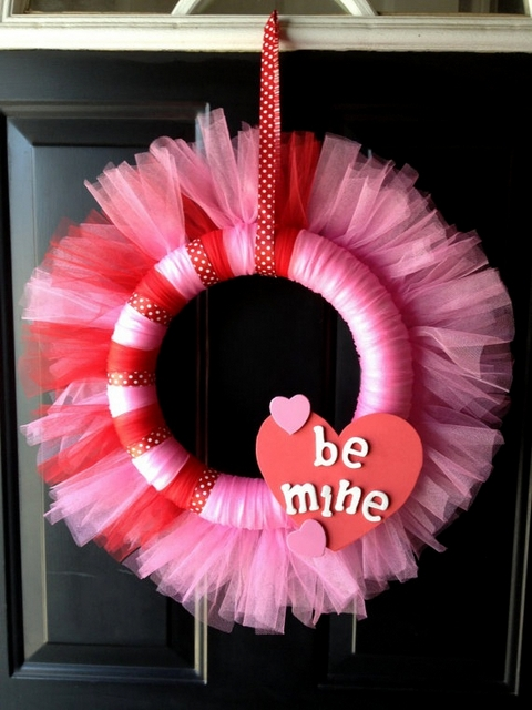 tulle valentine wreath