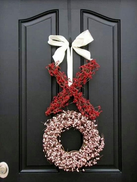 DIY xo wreath tutorial