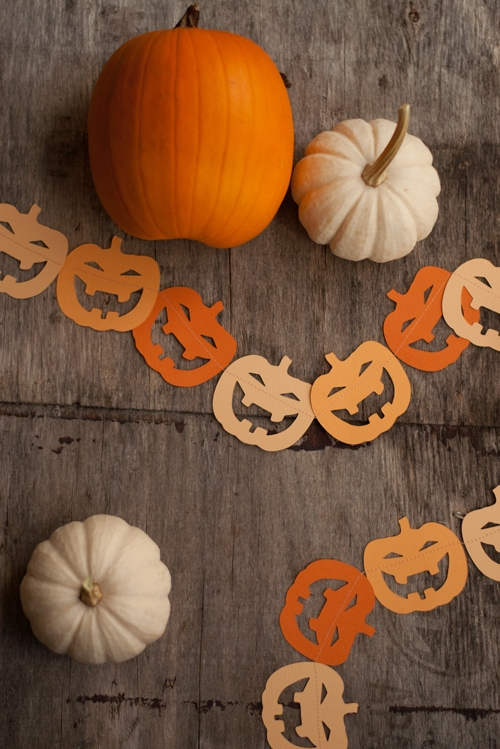 pumpkin halloween garlands