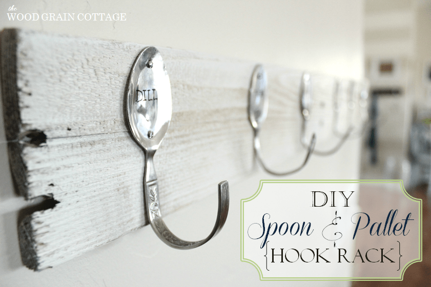 creative plastic spoon hook rack