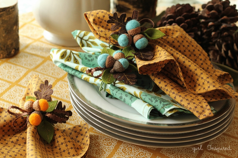 make DIY acorn napkin rings