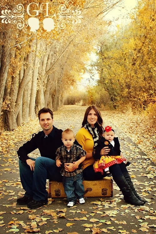 Craftionary for Fall family picture ideas outside