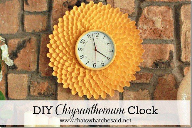 creative plastic spoon chrysanthemum clock