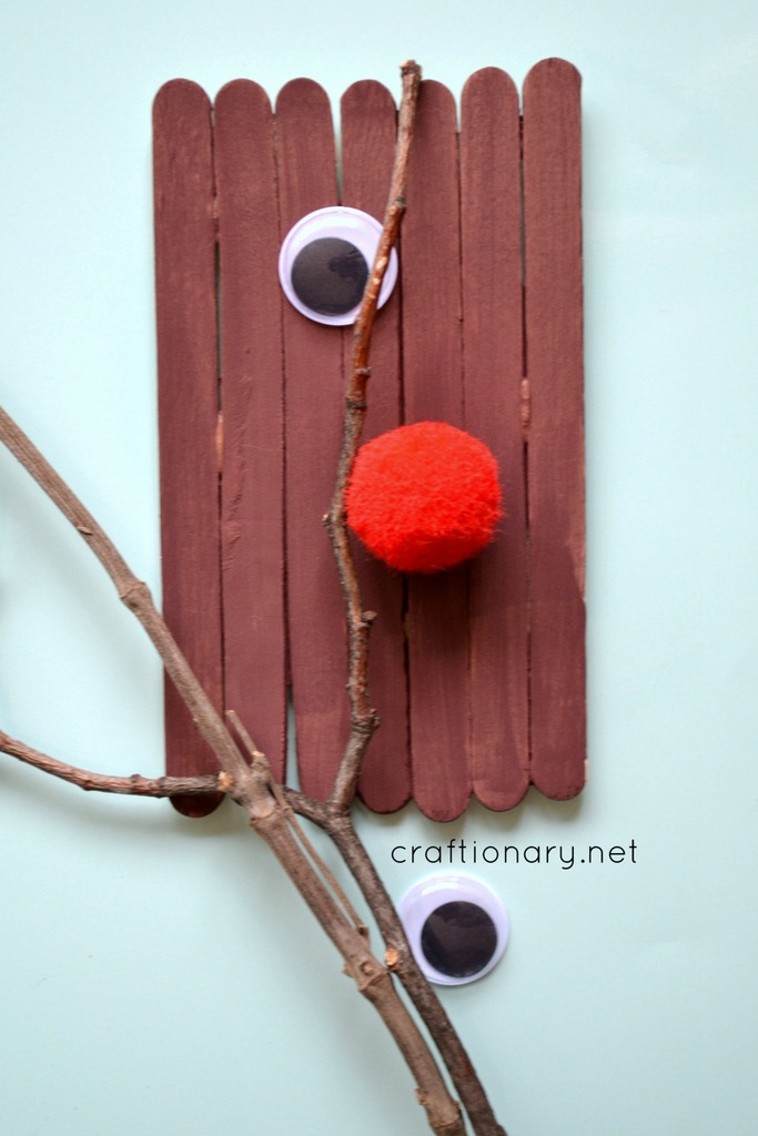 DIY popsicle sticks Rudolph tutorial