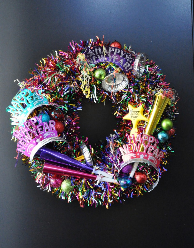 Glitter tinsel NYE wreath