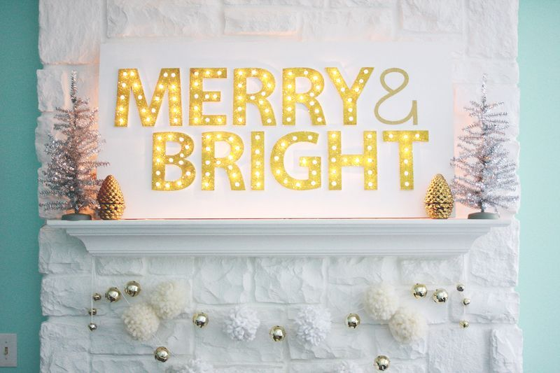 Decorating with lights - DIY marquee sign board