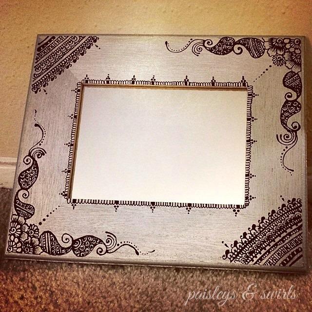 Henna art wooden frame