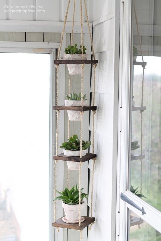 Rope vertical plant hanger