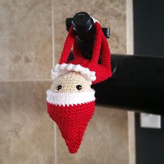 Crochet Elf on the Shelf
