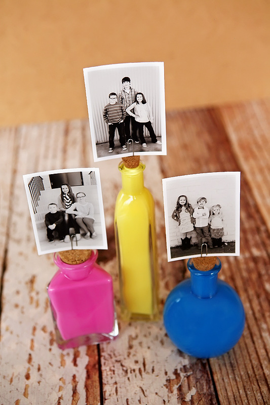 Photo Bottle Stand
