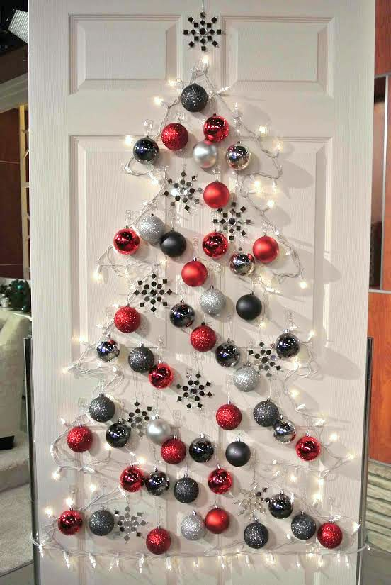DIY Christmas tree front door