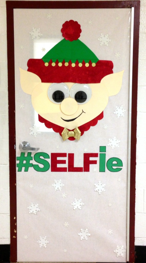 Elf door decoration