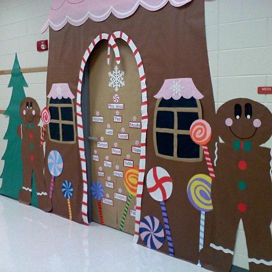 Fancy ginger bread house christmas door