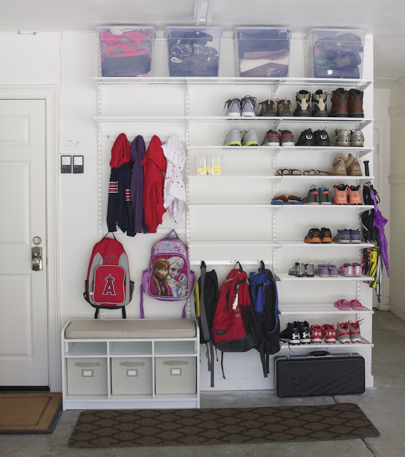 40 Awesomely Clever Ways To Organize Shoes. Simple Shoe Storage Hang shoes from hooks on the inside of closet doors. Shoe Hangers Bend hangers to hook onto shoes and fit over rods. Overhead Crown Molding Storage Crown molding makes great high heel storage. You can line your ceiling with shoes! Shoe Shelving Build floor-to-ceiling shelving in a closet corner to store your shoes.