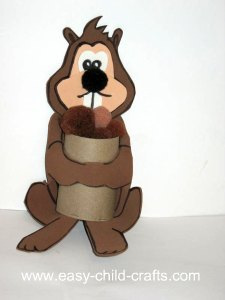paper roll squirrel cup
