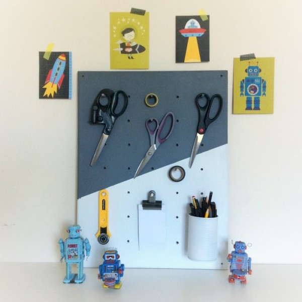 Make Your Own Jewellery Display Board: Craftionary