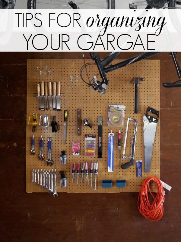 Gerage storage pegboards
