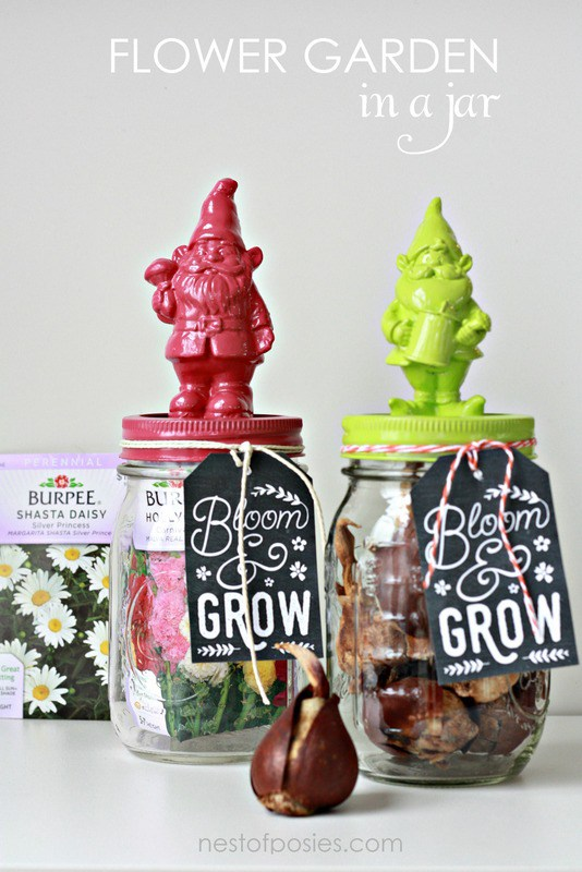 Flower garden in a jar with free printable