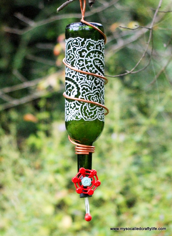 topsy turvy wine bottle bird feeder