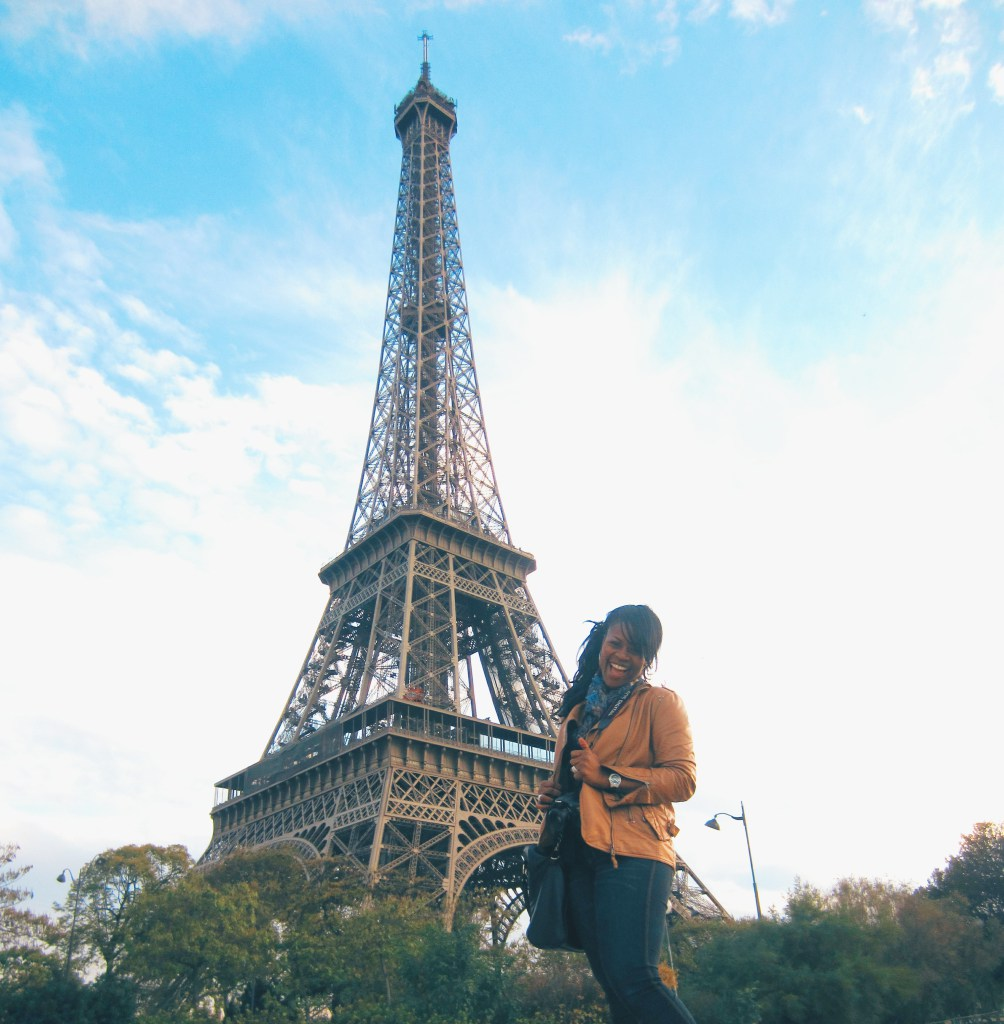 10 tips for taking stunnig traveling photos of yourself