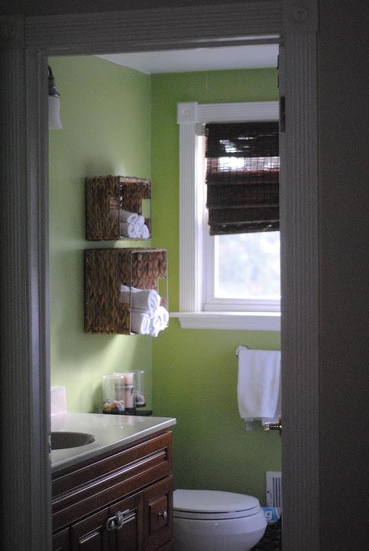 bathroom towel storage in under 5 minutes