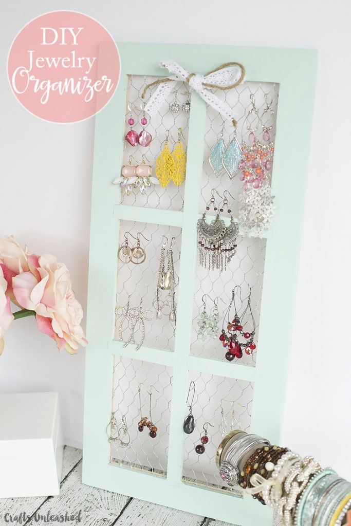 chicken wire DIY Jewelry Organizer