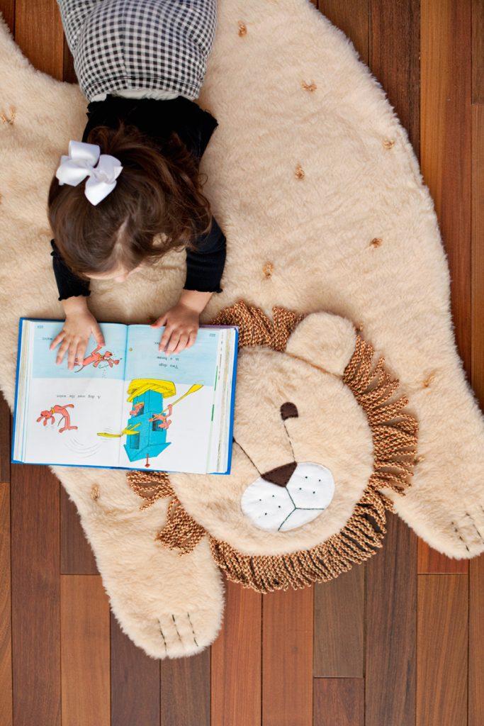 make a plush animal mat