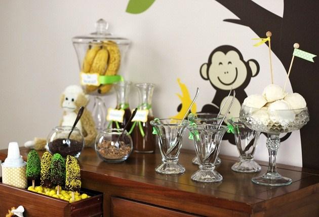 make your own banana split bar