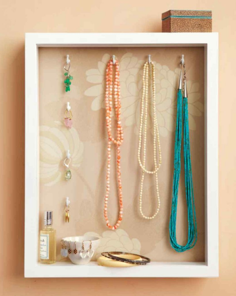 shadowbox jewelery holder