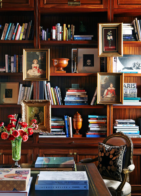 styling ideas for arranging and organizing bookcases
