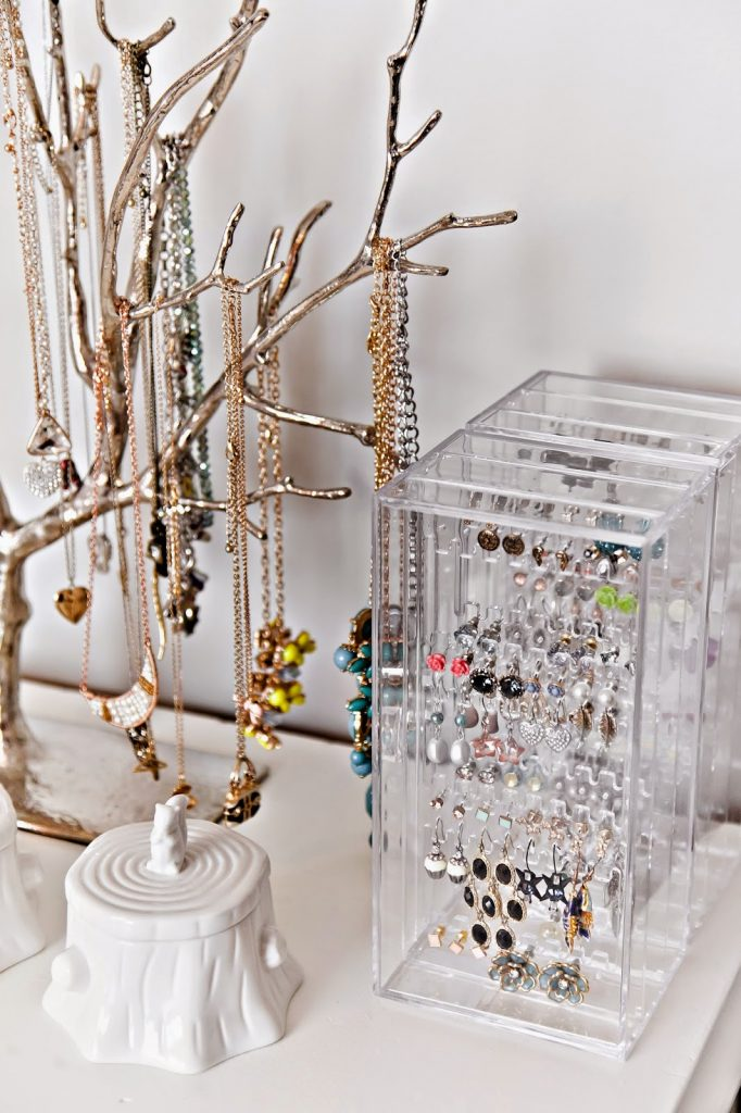 New jewelry organizer